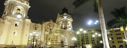 Catedral de Lima en la época navideña / Cathedral of Lima at Christmas time